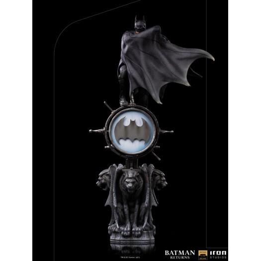Batman Returns - Deluxe Art Scale Statue Batman 1/10 34cm