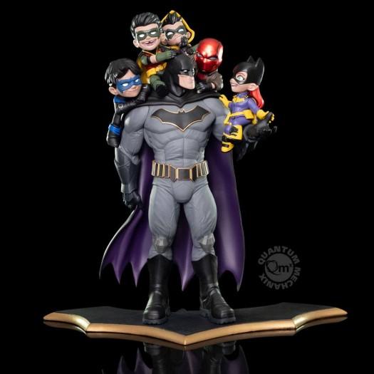 DC Comics - Q-Master Diorama Batman: Family 39cm